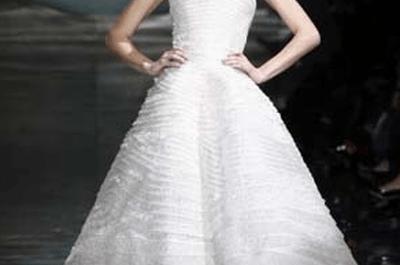 Brautkleider von Georgio Armani Kollektion 2011