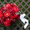 Bouquet con fiori rossi. Foto: Adriana Carolina