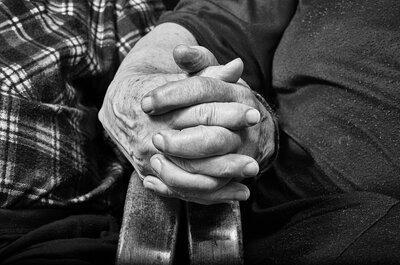 Après 52 ans d'amour et un incroyable rebondissement, ce couple de septuagénaires se marie