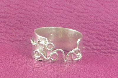 Nietypowe pierścionki zaręczynowe (etsy.com)