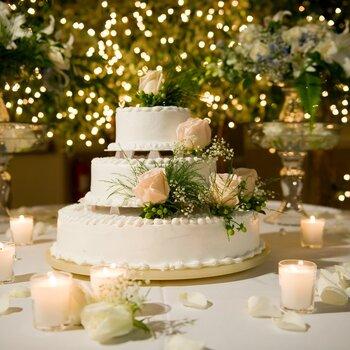 Candele per decorare le tue nozze: un tocco romantico e speciale