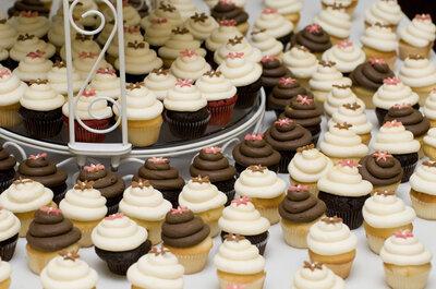 Cupcakes de vainilla y chocolate, dos clásicos para tu boda