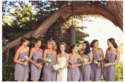 Violeta y perfecta: Los vestidos más lindos en color lila para tus damas de boda