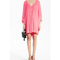 Vestido corto en color rosa para San Valentín con silueta holgada y mangas anchas