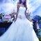 Vestido de novia 2014 con escote corazón, cintura baja y detalle en relieve con motivos florales color rosa inspirado en La bella durmiente - Foto Alfred Angelo