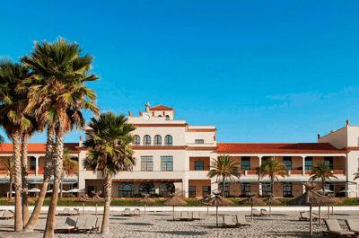 Le Méridien Ra Beach Hotel & Spa: lujo y confort en tu luna de miel