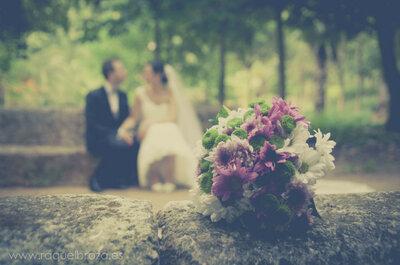 Flores violetas: un toque de glamour en tu boda