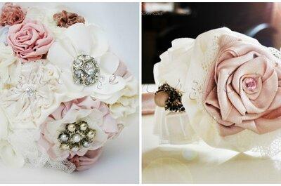 Oryginalne bukiety ślubne: broszki, materiał, guziki, pióra...
