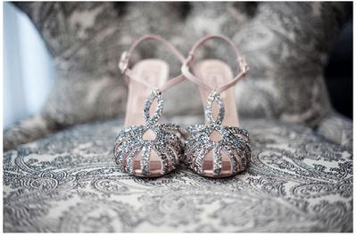 Preciosos tacones enmarcados: Las mejores fotos para presumir tus zapatos de novia