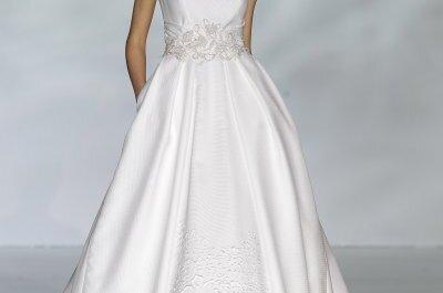 Líneas sencillas y atemporales en los vestidos de novia de Patricia Avendaño 2015 - BBW