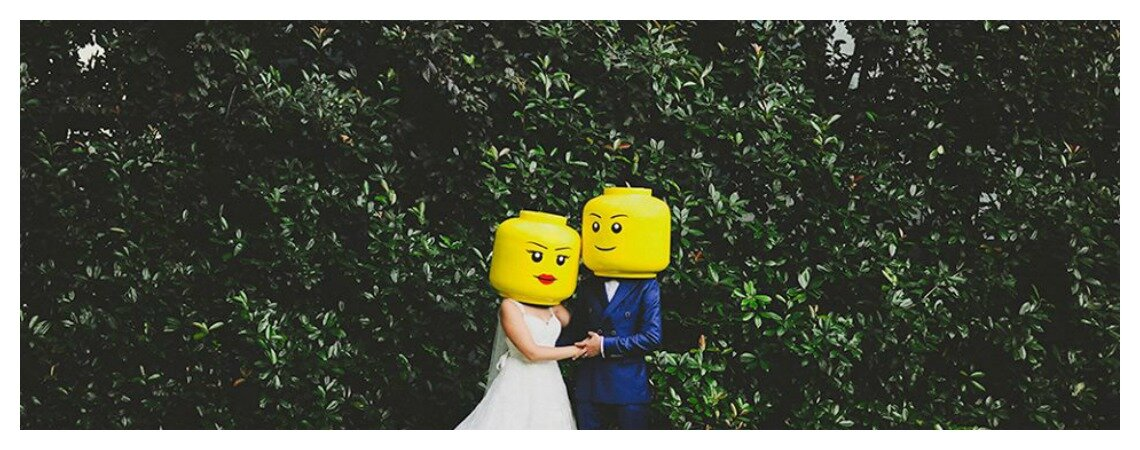 É Carnaval, ninguém leva a mal: as máscaras certas para os casais apaixonados!