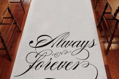Personaliza tu desfile al altar con estos tapetes para boda 2013