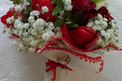 Rodeada de flores!