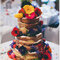Y para endulzar aún más tu tarta, ¡toques de color florales!