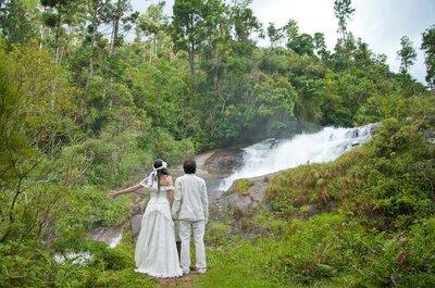 Um casamento na cachoeira: real wedding da atriz Marcella Arnulf e Leo Greg