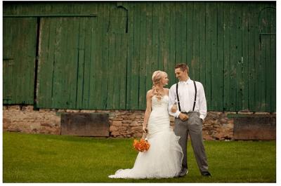 Michele y Gordon organizaron la mejor boda rústica y el resultado fue impresionante