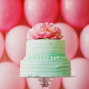 Utterly Delectable: Unforgettable Wedding Cakes and Alternatives