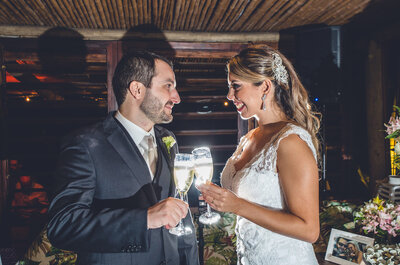 Juliana & Renato: casamento rústico praiano em plena São Paulo