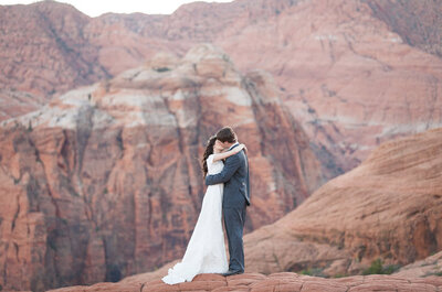 ¡En la cima del mundo! Una sesión de bodas que te conquistará de principio a fin