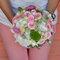 Bouquet de roses avec lisianthus rose, astrantia gris, lys blancs et hortensia.