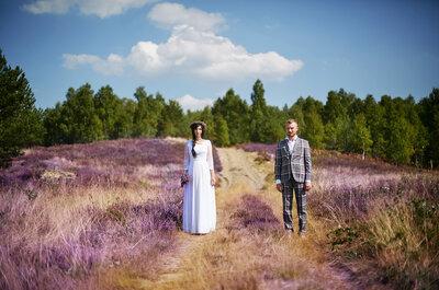 Sesja ślubna w kolorach wrzosów wygląda naturalnie i imponująco!