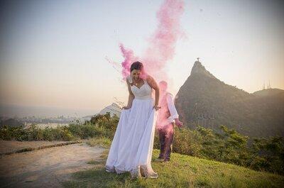 Una boda muy colorida con bombas de humo y pintura en polvo: ¡tendencia súper divertida!
