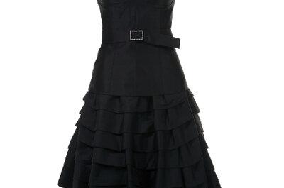Robes noires top chics pour les invitées