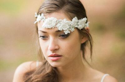 Peinados y accesorios con flores para novias