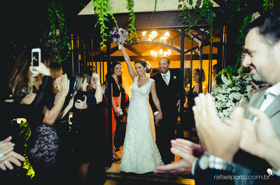 Ana Luíza + Paulo: A Rustic, Outdoor Wedding in a Beautiful Brazilian Garden