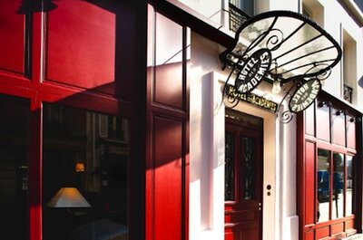 Top hotel for a Paris honeymoon - charm, romance and art