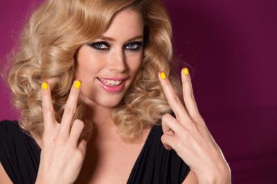 Cómo pintarme las uñas de colores con diseño francés