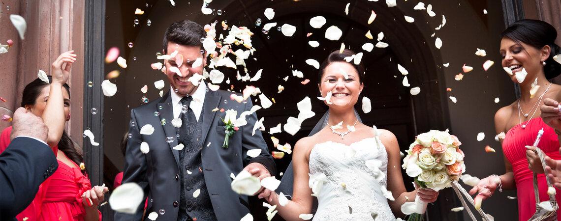 Die 6 wichtigsten und lustigsten Gäste, die auf Ihrer Hochzeit nicht fehlen dürfen