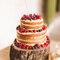Os naked cake assentam como uma luva neste tipo de decoração.