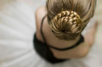 Recogidos altos para novias 2015: la elegancia de un clásico