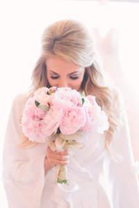 Bouquets de mariée avec des pivoines 2017