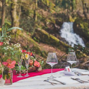 Inspiration mariage bohème chic et rustique dans la mystique forêt de Brocéliande