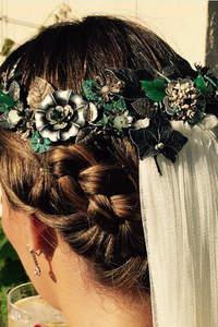 Ozdoby ślubne do włosów 2016