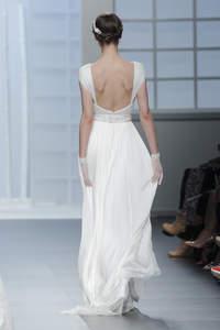 Vestidos de novia con espalda descubierta 2016