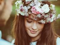Peinados de novia con pelo suelto 2016: sencillos y naturales