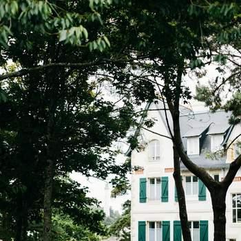 Une élégante inspiration mariage en bord de mer où les Hamptons s'invitent en Bretagne