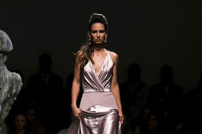 Preparada para a festa: a nova colecção de vestidos de cerimónia de Gio Rodrigues!