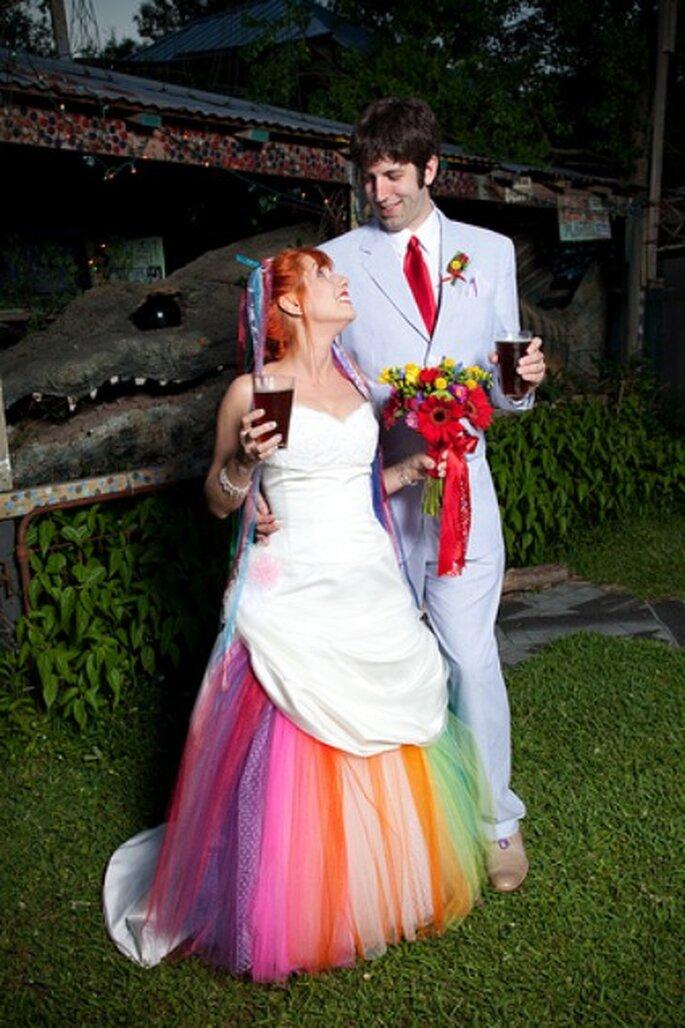 Robe de mariée coloré - Credits Bonnie J Heath