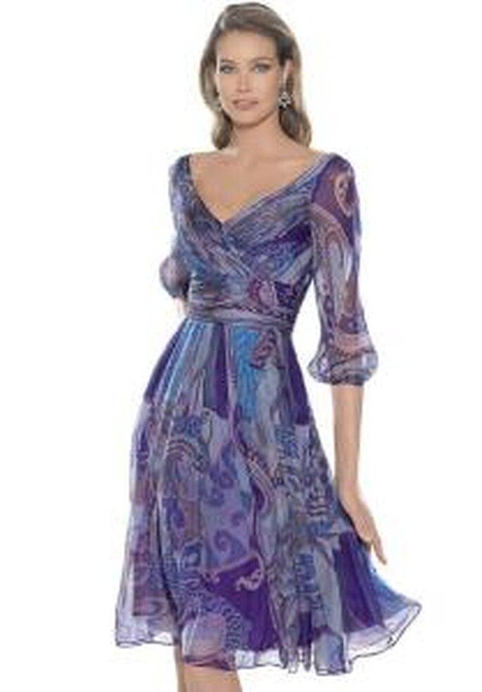 La Sposa 2009 - Vestido violeta corto en gaza transparente, con escote en V