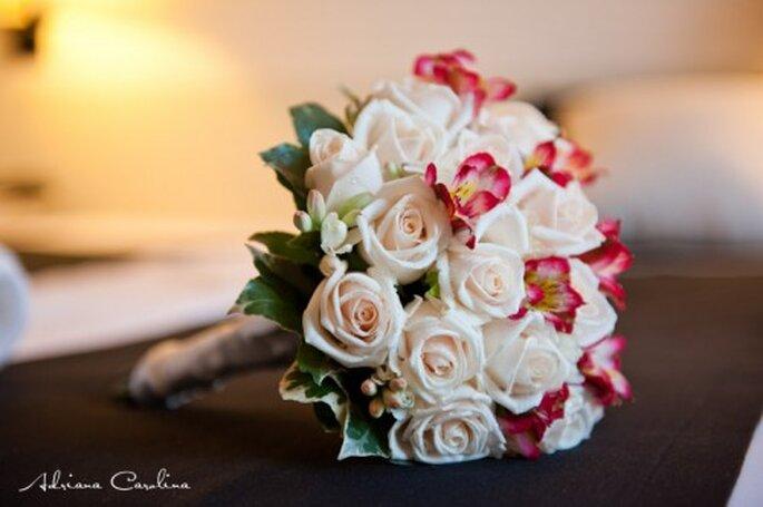Brautsträuße kann man auch leicht selber binden – Foto: Adriana Carolina