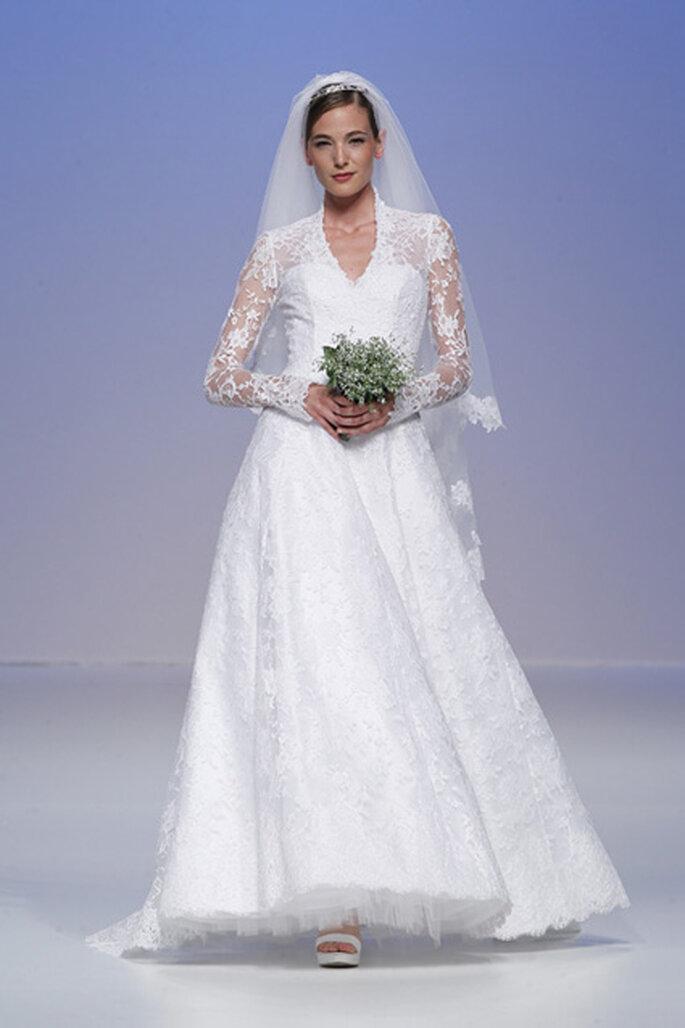 Robes de mariée à manches longues Cymbeline 2012