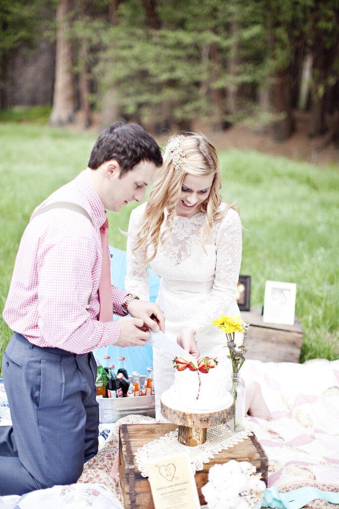 Boda picnic -  Brooke Beasley Photography