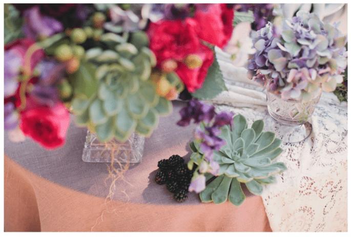 Decoración de boda con elegantes suculentas - Foto The Collective Photographers