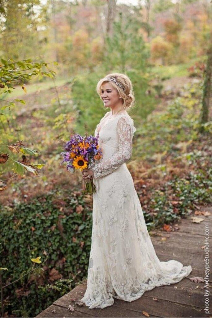Vestido de novia de Kelly Clarkson diseñado por Temperley - Foto Kelly Clarkson Twitter