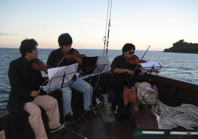 Músicos en un evento realizado en el Capitán Haase.