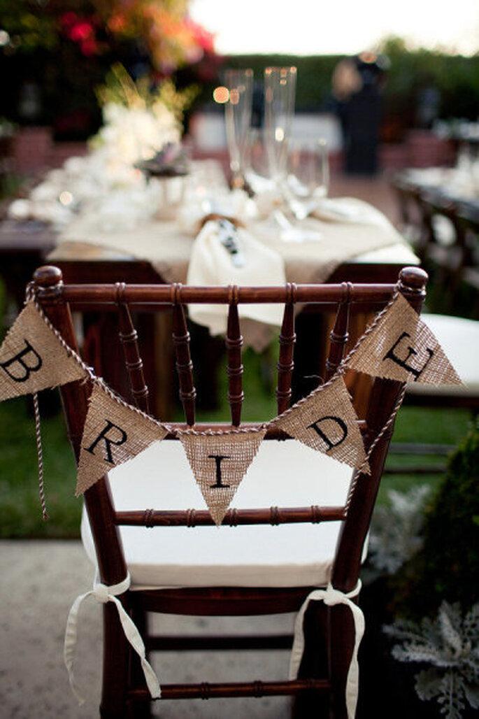 Habiller et d corer les chaises de votre salle de r ception - Habiller des chaises ...